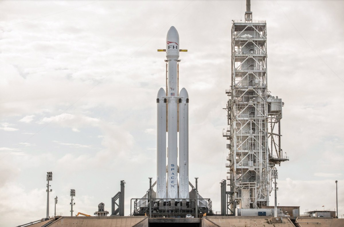 falcon-heavy-moss-and-fog-1