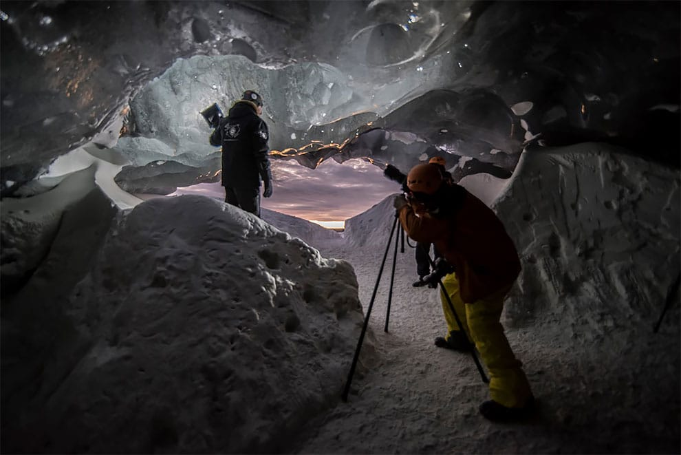 ice-cave-moss-and-fog-9