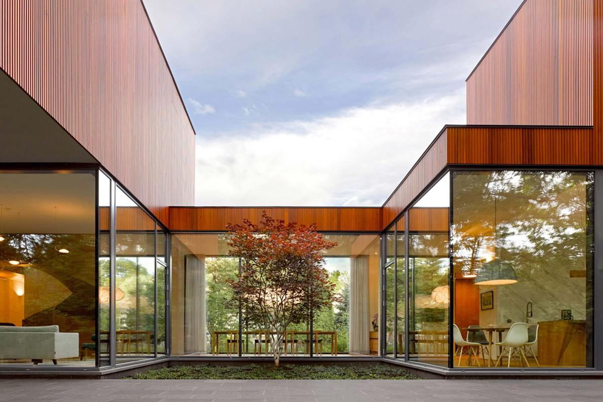 Ancaster Creek House Designed for Aging in Place