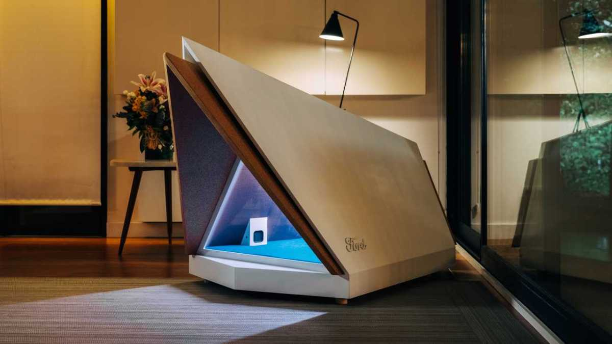 ford-noise-cancelling-dog-kennel