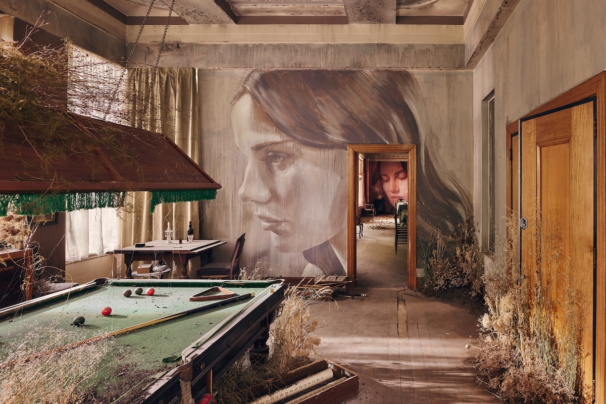 Adandoned Mansion Transformed Into Extensive and Beautiful Art Installation