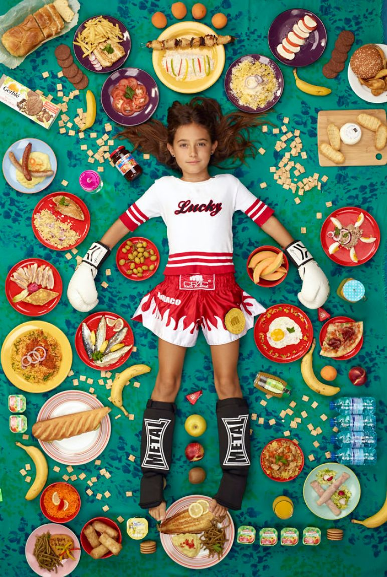 kids-surrounded-weekly-diet-photos-daily-bread-gregg-segal-31-5d11c1310091e__700