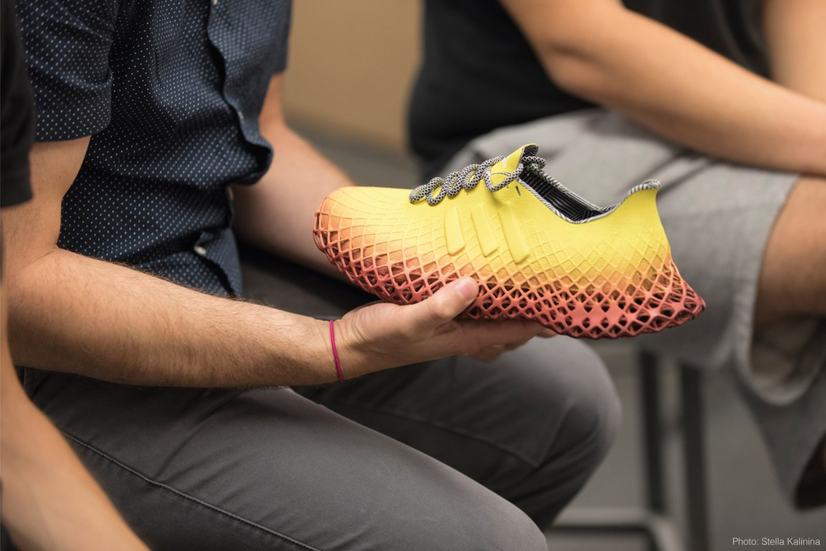 grit-training-shoes-aarish-netarwala-design_dezeen_2364_col_8