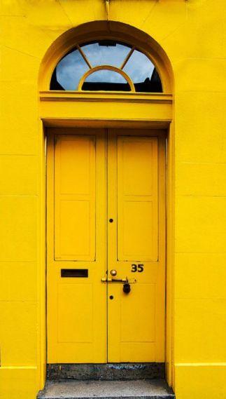 Scotland_ Edinburgh door