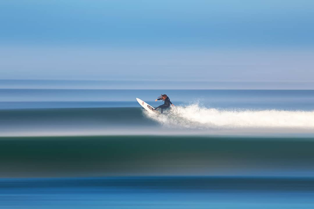 colorful-surf-photography-by-thomas-fotomas-1-1