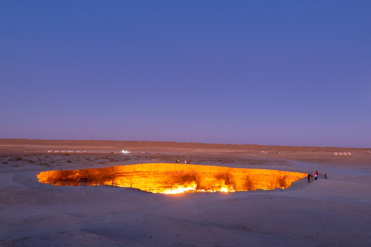 gates-of-hell-darvaza-crater-4