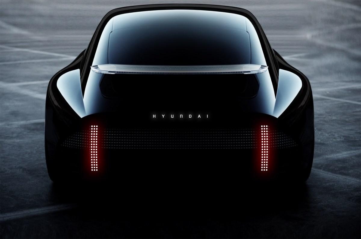 hyundai-prophecy-car-design_dezeen_2364_col_14
