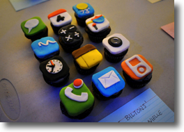 iPhone Cubecakes
