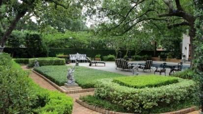 Piping Rock Historic Gardens    River Oaks, Houston