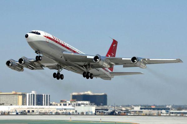 Boeing-707-138