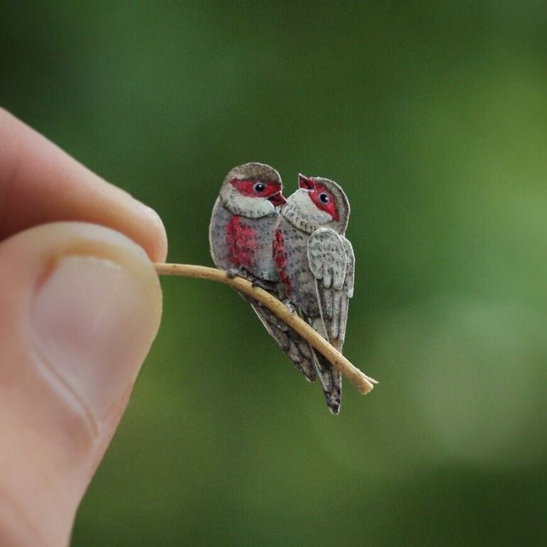 Beautiful Miniature Birds Made by Papers