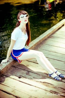 totally-captivating-red-white-blue-01