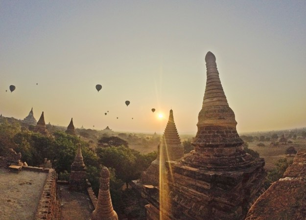 Sunrise in Bagan, Myanmar (Burma)
