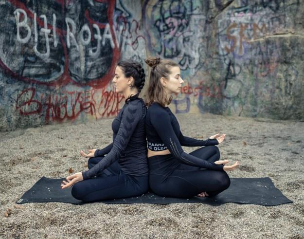 Partner Yoga Supported Sukhasana