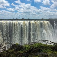 Touring with Canadians - Part 4 : Victoria Falls