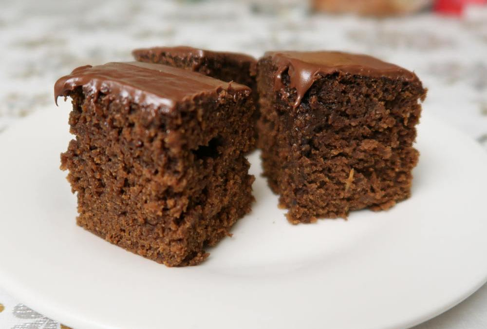 Spice Cake With Chocolate Frosting