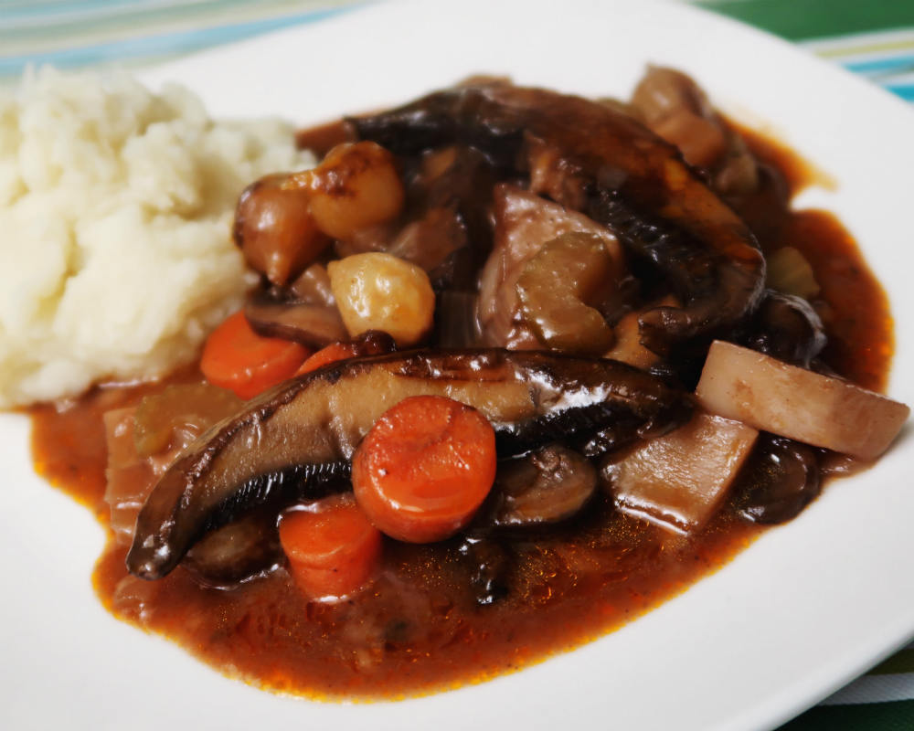 Beef-less Bourguignon