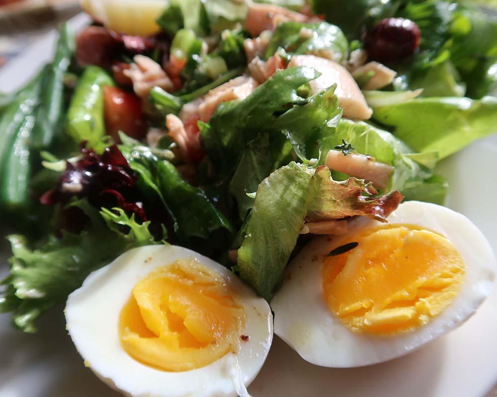 Niçoise Salad close-up