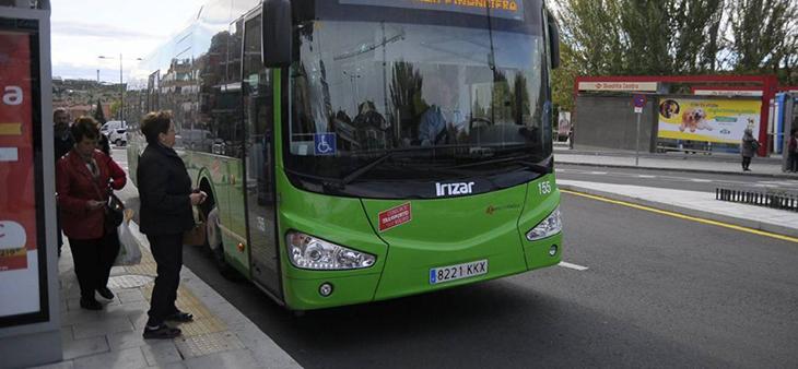 Las paradas a demanda se extienden a las 40 líneas nocturnas de autobuses interurbanos