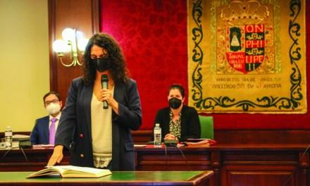 Noelia Posse acomete la enésima remodelación de Gobierno tras la jubilación de la concejala Beatriz Benavides