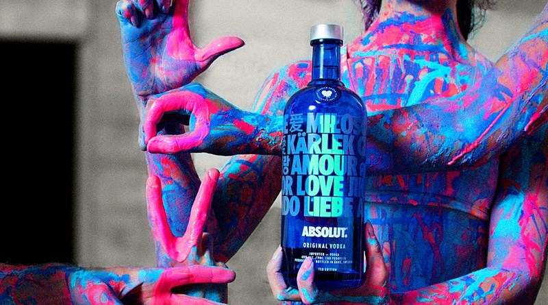 Absolut Drop celebra el amor