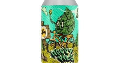 Como parte de la Serie Experimental de Cervecería Kross, este año regresa en su segunda versión Hoppy Pils. Es una lager moderna y refrescante en lata con una generosa dosis de lúpulos americanos