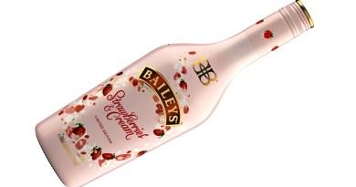 En vísperas de la temporada festiva llega Baileys Strawberries & Cream a Chile para revolucionar los momentos de indulgencia veraniegos. Es una nueva y deliciosa combinación de frutillas y vainilla con el clásico sabor del licor de crema irlandesa.
