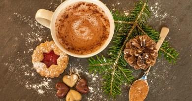 Más de la mitad de las personas en Chile dicen beber Cola de Mono para Navidad, convirtiéndolo en una preparación infaltable para estas fechas.
