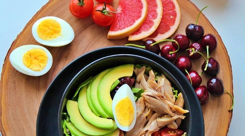 La época estival es un período en que las frutas cumplen un papel clave, pero ¿cómo poder sacar mayor provecho a estos alimentos de una forma contundente e innovadora?