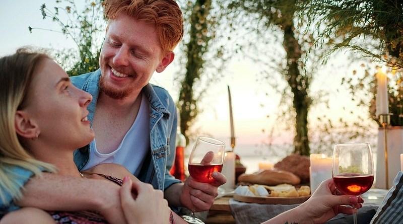 Llegó febrero y con él, una de las fechas más esperadas: el Día de San Valentín. Te sugerimos acompañar esta ocasión con un menú especial acompañado de vinos con maridajes perfectos