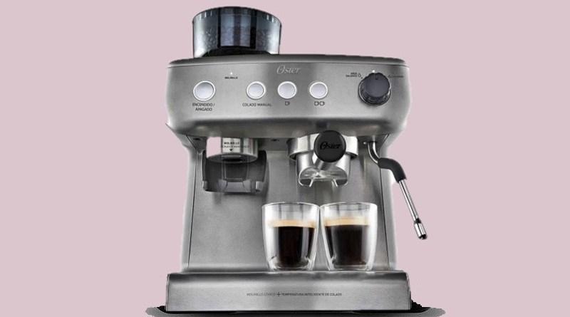 Oster acaba de presentar Perfect Brew, una cafetera todo en una. Con ella podrás tener tu café con grano recién molido e, incluso, preparar capuchinos y lattes.