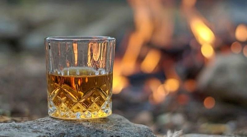El whisky es uno de los destilados más requeridos actualmente y hoy sus precios son cada vez más accesibles.