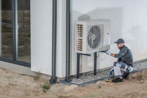 Közel nullás ház, levegős hőszivattyúval Minden esetben megvan a kötelező 25%-os megújulós arány?