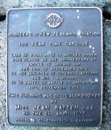 bronze plaque for MOTAT time capsule 1976