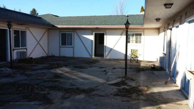 20141025_164535motel-renovation