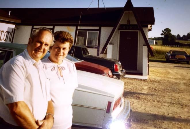 motel-entrance-1980