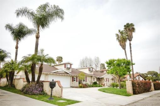 4 BED 4 BATH 3,218 SQUARE FEET CLICK FOR MORE DETAILS