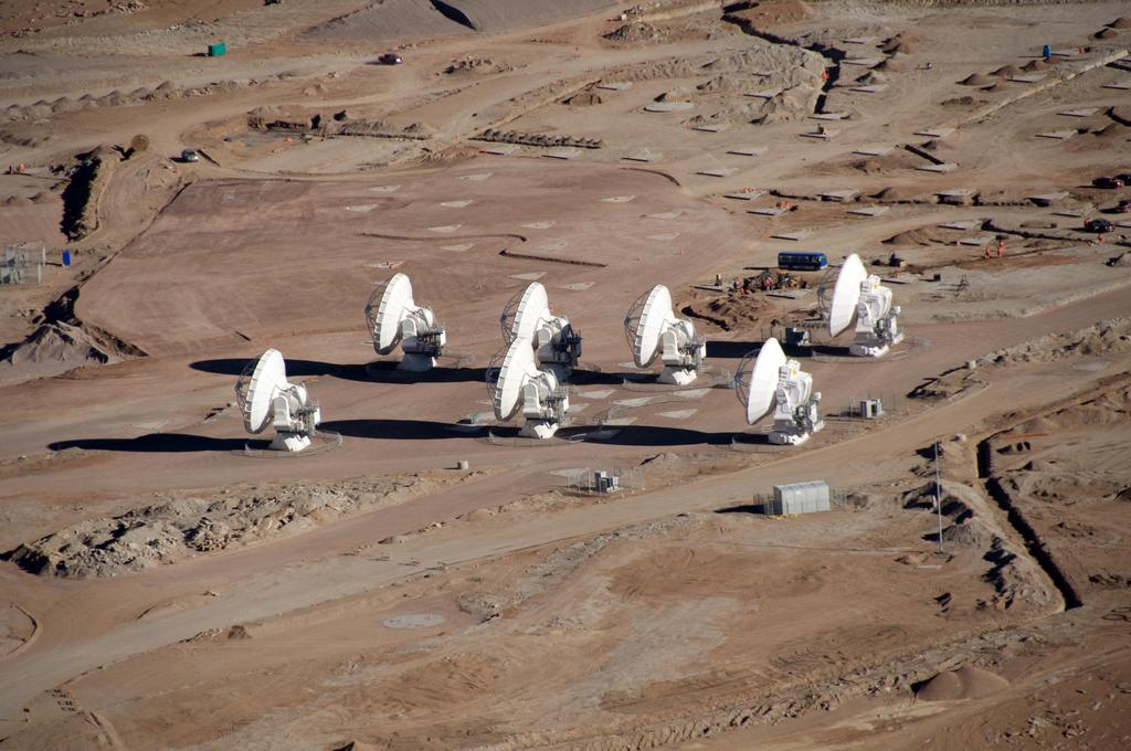 Areal picture of the Array Operations Site. Image: W. Garnier/ALMA (ESO/NAOJ/NRAO)
