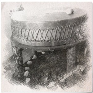 black white icon Drum