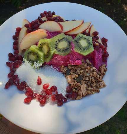 Dragon Fruit Acai Bowl