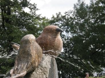 Stone birdies