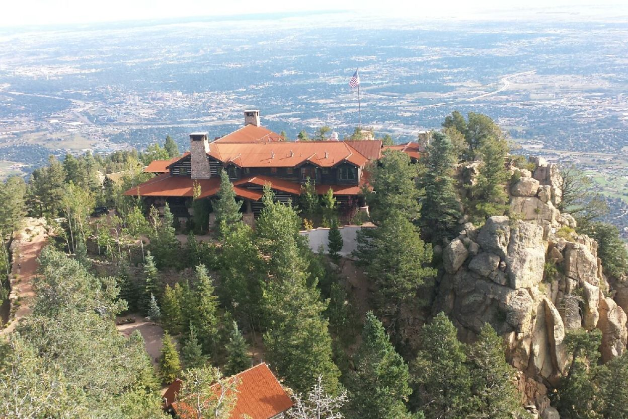 Cloud Camp - The Broadmoor Wilderness Experience