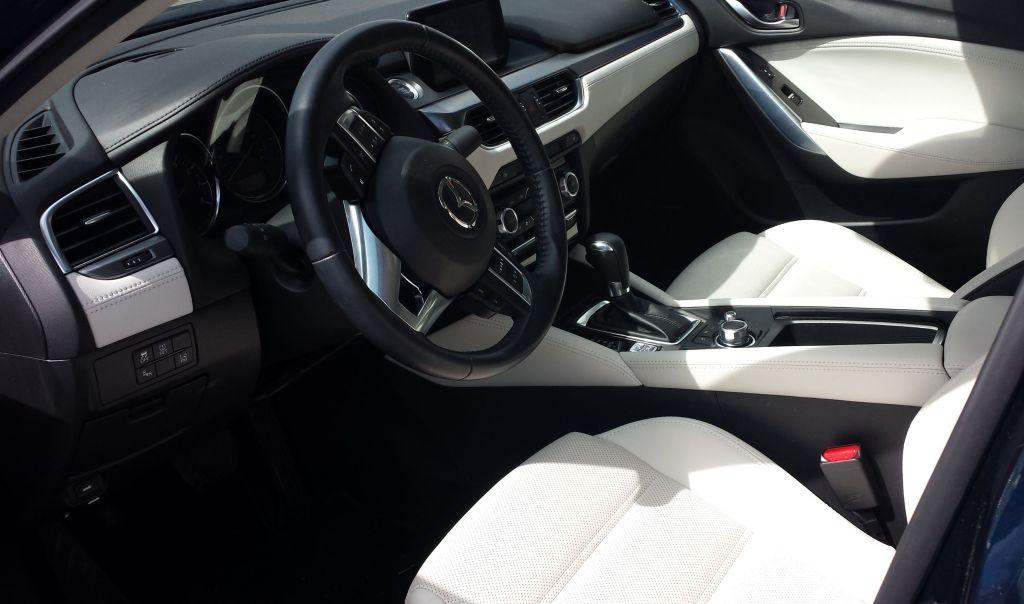 Mazda6 i Grand Touring Review - Interior
