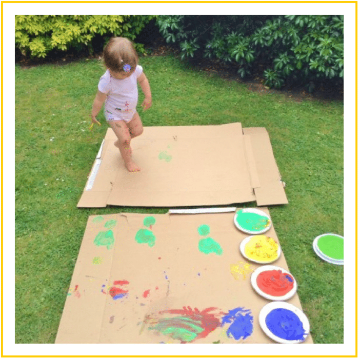OUTDOOR CARDBOARD PAINTING -20 OF THE BEST SUMMER ACTIVITIES FOR TODDLERS