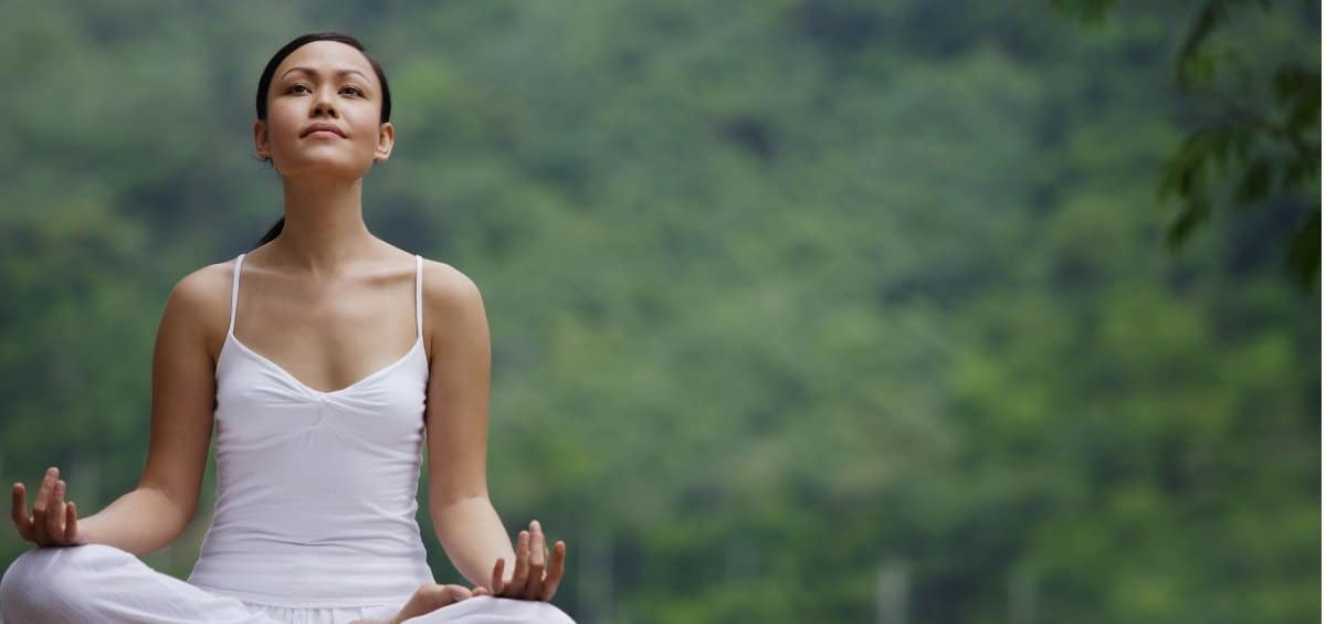 How to Start Meditating and Why It's Amazing for Moms