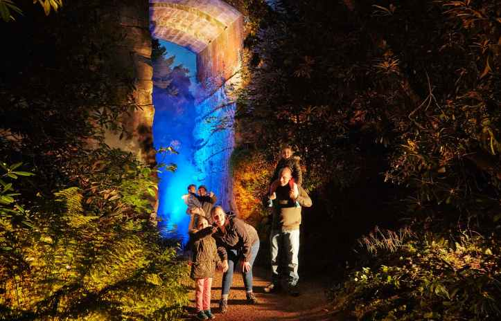 A magical time this Christmas at Eltham Palace with English Heritage