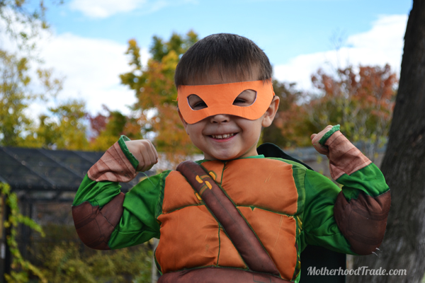 halloween-2014-lego-movie-costumes-mikey