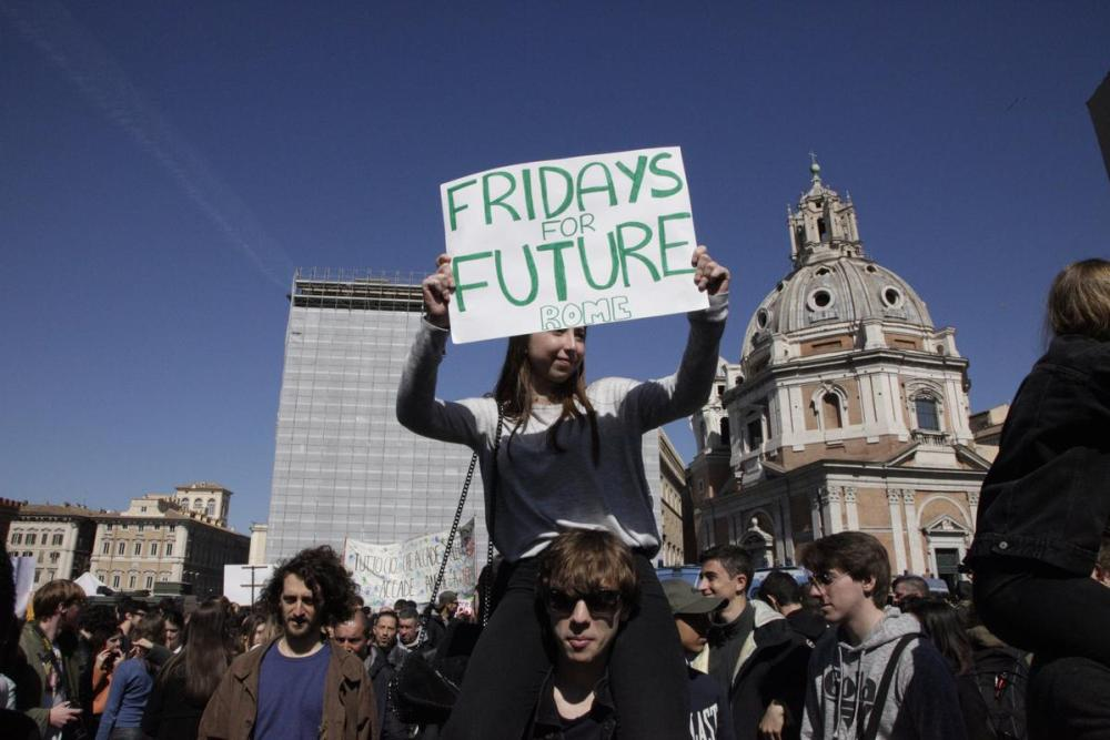 Fridays for Future Student Demonstration in Italy. © Massimo Guidi / Greenpeace