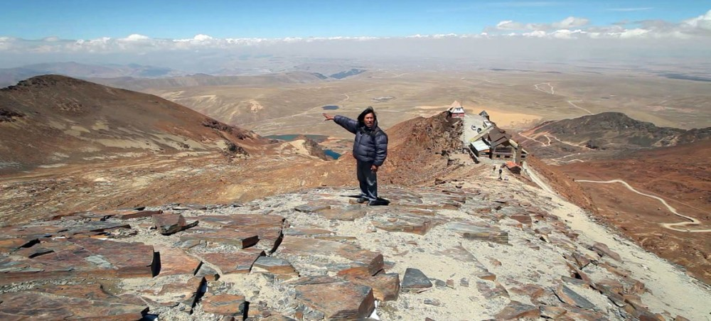The Chacaltaya mountain area of Bolivia, was once a ski resort but glaciers have melted away over the last decades. (file)