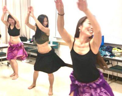 o0640050814396793290 - 夏に向けてタヒチアンダンスを踊ろう!ママも楽しく笑って踊ってクビレも出来てストレス発散!!